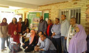 أطباء القافلة الطبية بقرية منشأة دهشور