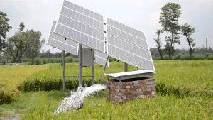 ماكينة رى تعمل بالطاقة الشمسية