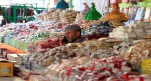 إقبال ضعيف على شراء حلوى المولد النبوى