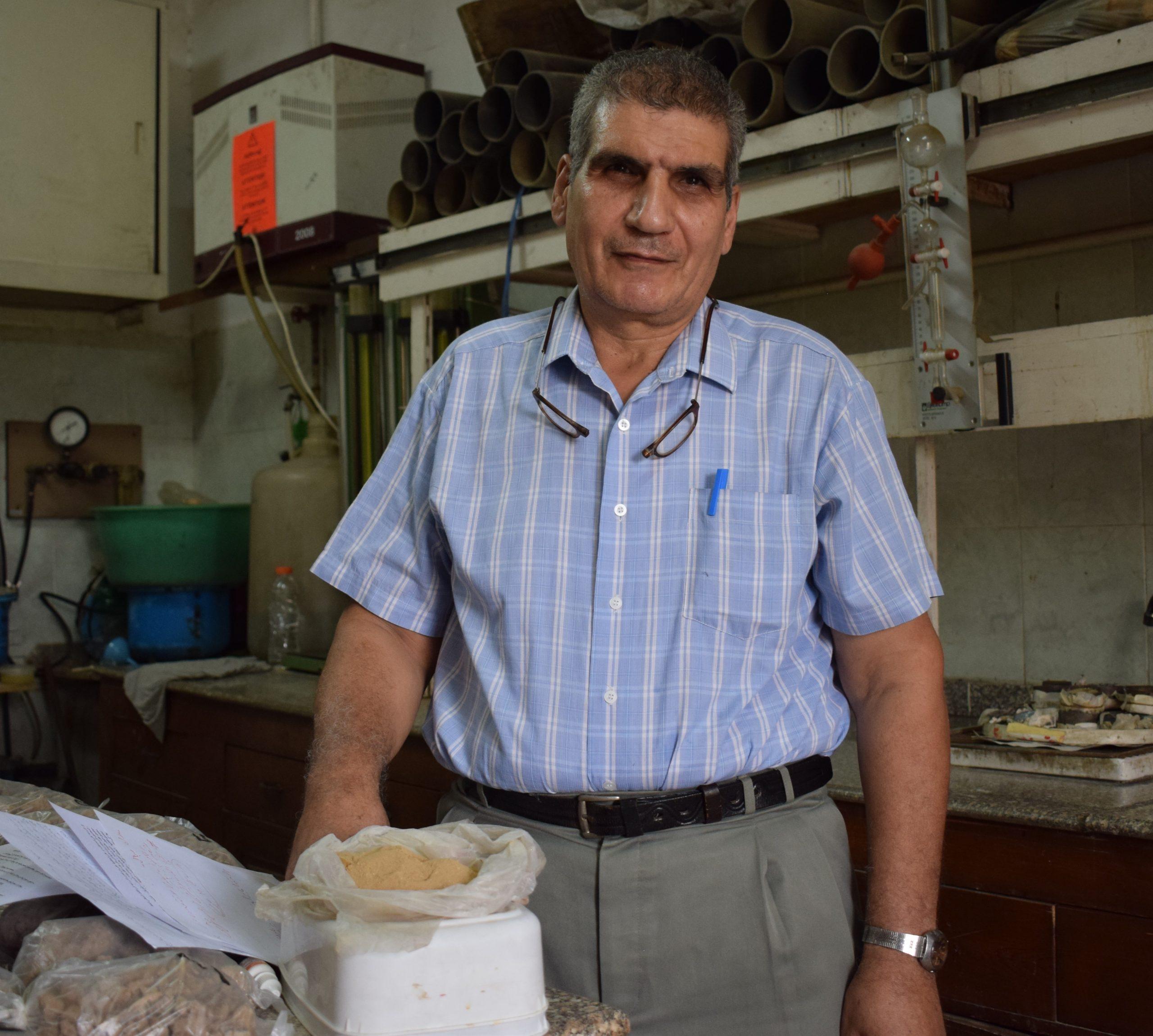 د.صبحي فهمي منصور، أستاذ الأراضي بمركز البحوث الزراعية